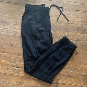 Lucky Brand joggers
